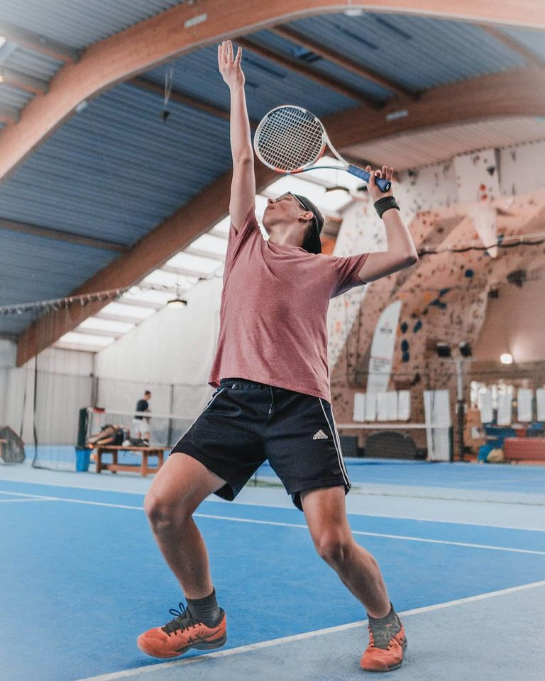 How to let go of mistakes when playing tennis